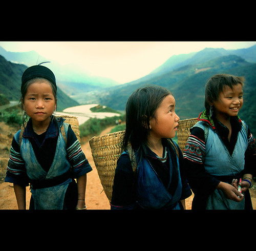 girls from the hill tribes of Vietnam | by PIXistenz