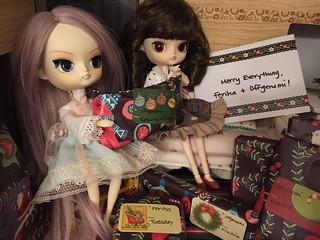 Feriha's 10th anniversary holiday swap gifts! 31402758741_eba929d321_n