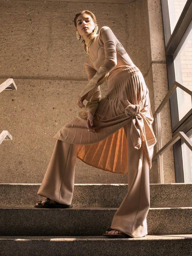 Valery-Kaufman-Vogue-Russia-Sebastian-Kim-09-620x827