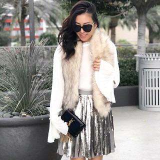 fashion blogger,lovefashionlivelife,joann doan,style blogger,stylist,what i wore,my style,fashion diaries,outfit,banana republic,holiday style,zerouv,gloves,chic,christmas outfit,ysl,saint laurent
