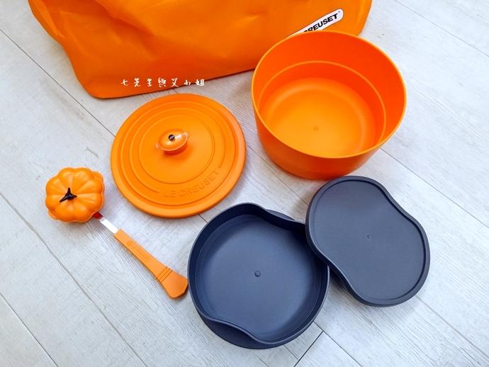 15 7-11 法國 Le Creuset 食尚集點送 食尚餐具組、雙層微波便當盒、食尚兩用餐墊、食尚保冷提籃