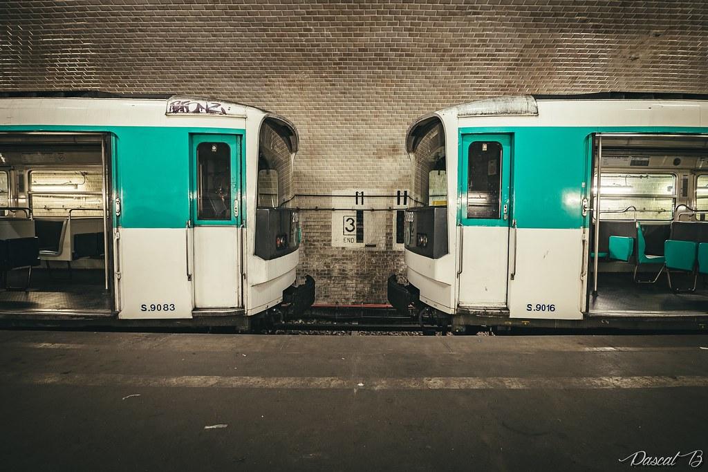 [Station famtôme] Porte Molitor 31822688341_a937f20456_b