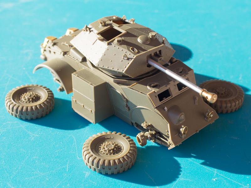 Allemagne 1945 : Staghound Mk.III // Bronco // 1/35 31311884373_7bb51b9923_b