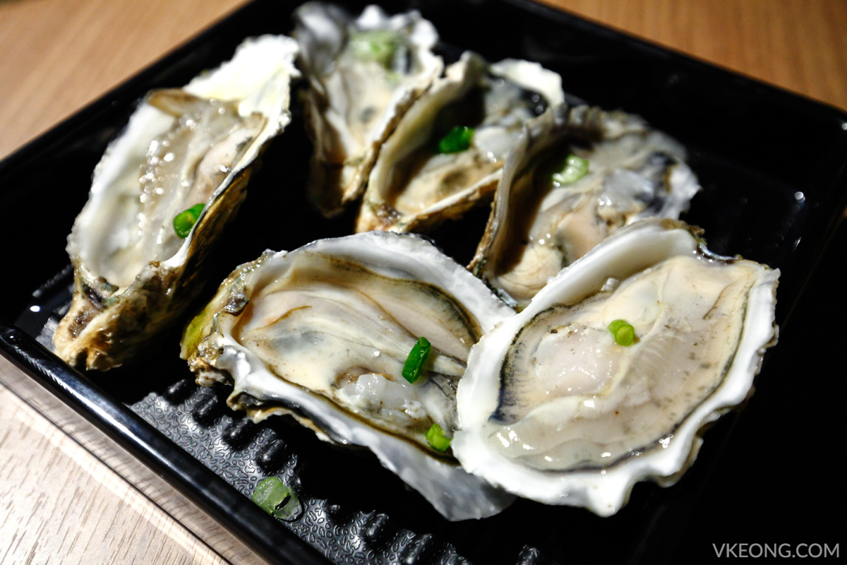 KG Korean Charcoal BBQ Buffet Raw Oysters