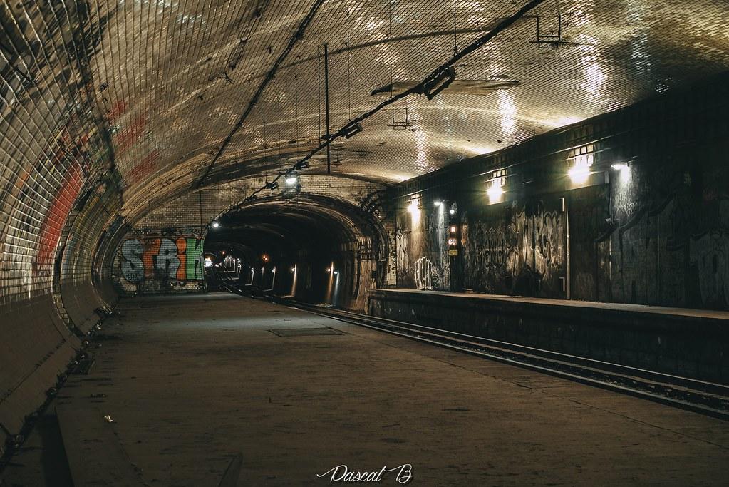 [Station famtôme] Champs de Mars 30939288933_76e2a44a09_b