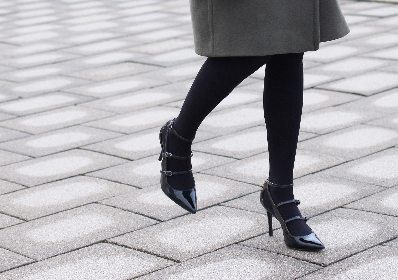 Black multiple strap Banana Republic heels