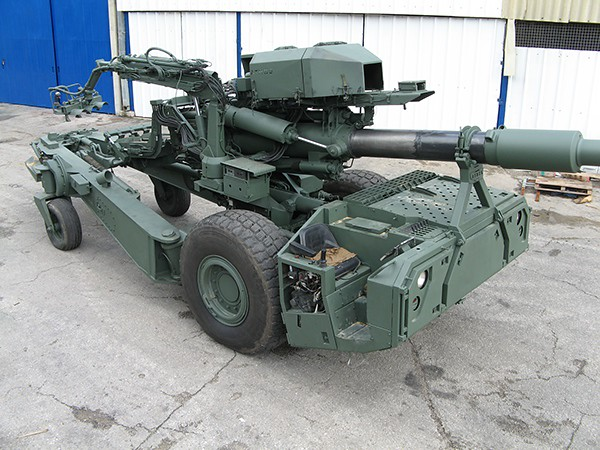 155mm-ATHOS-mbn-2