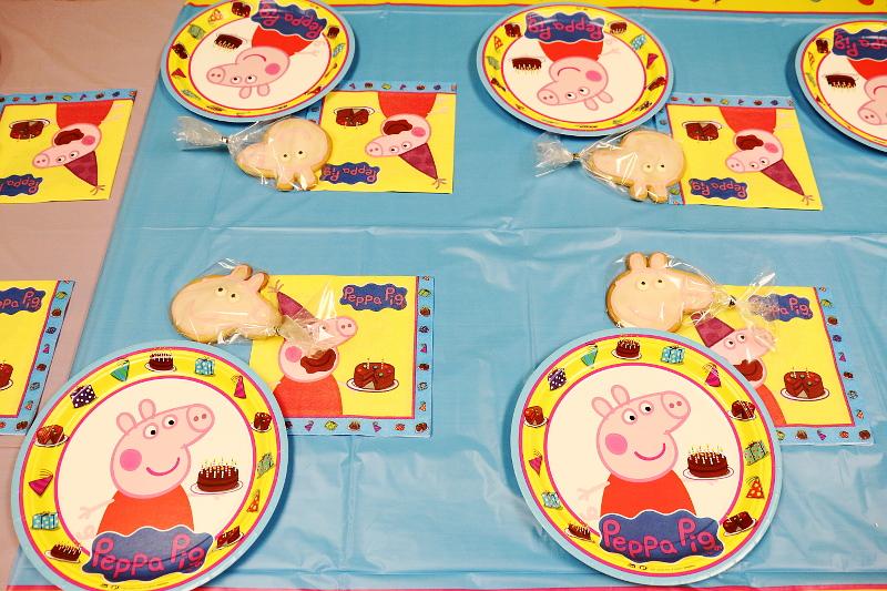 peppa-pig-paper-plates-cookies-10