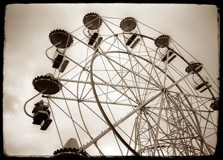 Luna Park, St Kilda | by Jen Leheny / Red Instead