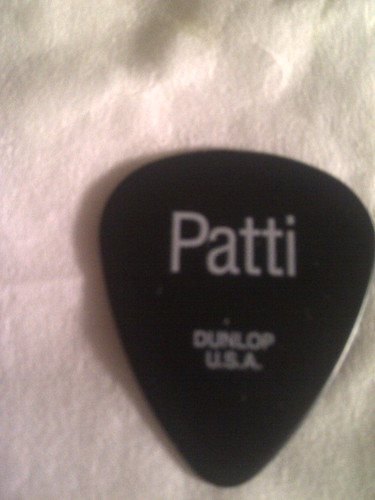 Patti guitar pick-20161228-03675