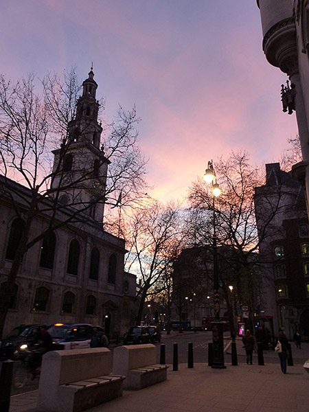 ciel de fin d'après-midi à Londres