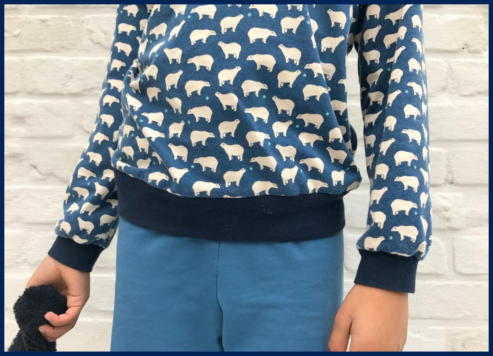 ijsbeer pijama (close-up)