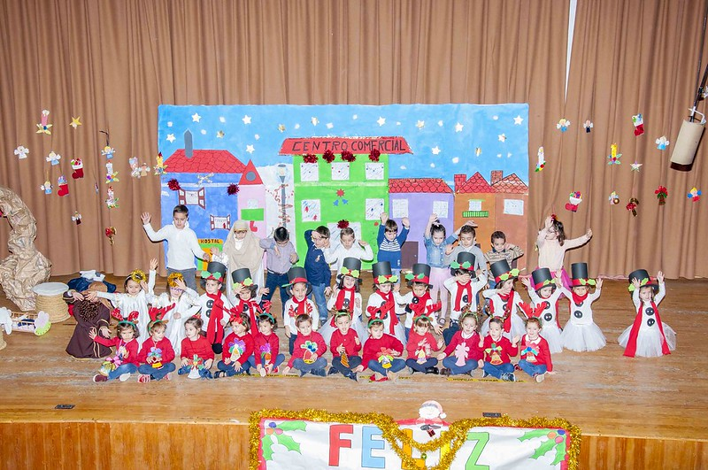 Festival de Navidad - Infantil - 1º y 2º de primaria