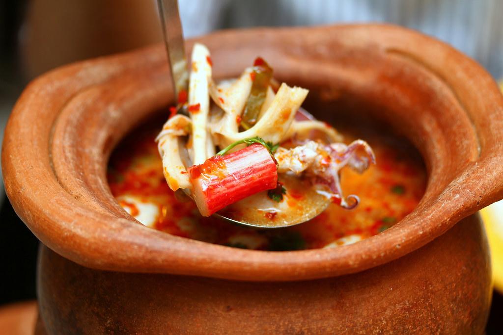 纳纳泰国汤米海鲜汤
