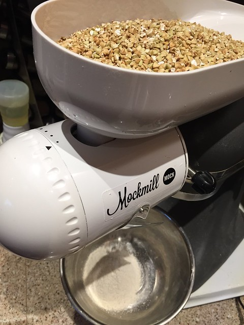 Milling buckwheat groats