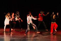 Dina Bakh (Alles wird gut) Tanztheater