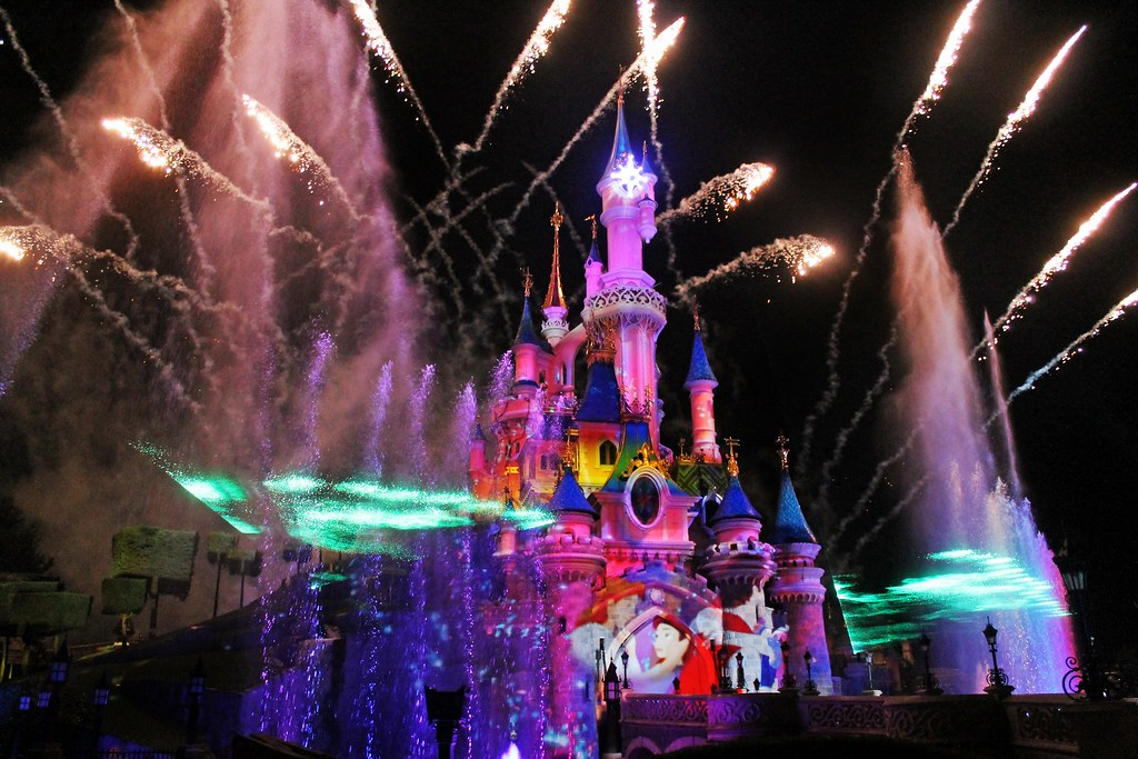 Drawing Dreaming - 10 razões para visitar a Disneyland Paris - Disney Dreams