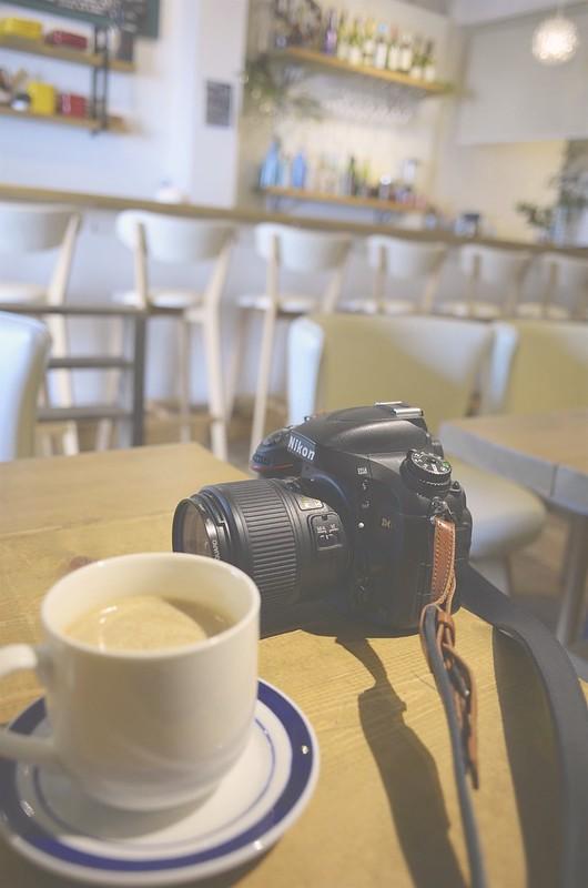 MONMOS cafe