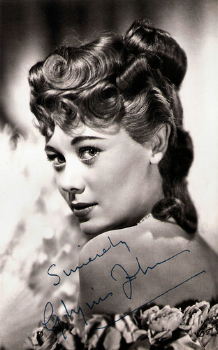 Glynis Johns in An Ideal Husband (1947)