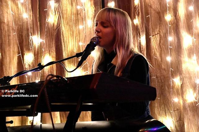 Laura Burhenn 06
