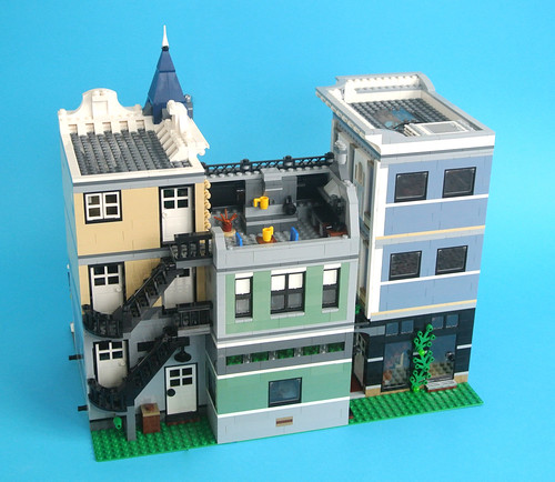 Review 10255 Assembly Square Brickset Lego Set Guide