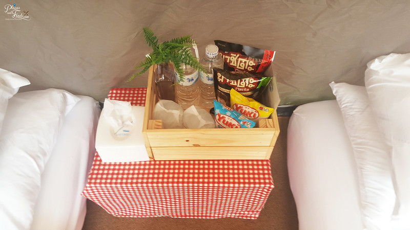 glamping camp snacks