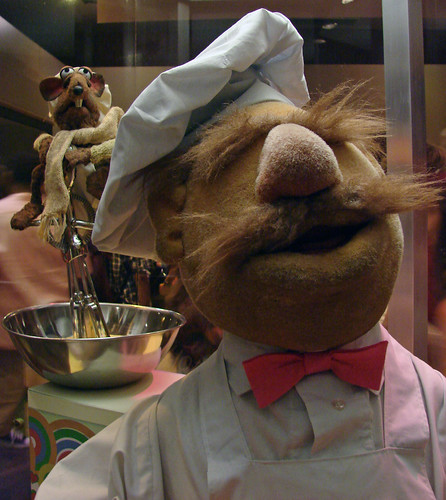 Swedish Chef with Rizzo the Rat | by AlbinoFlea