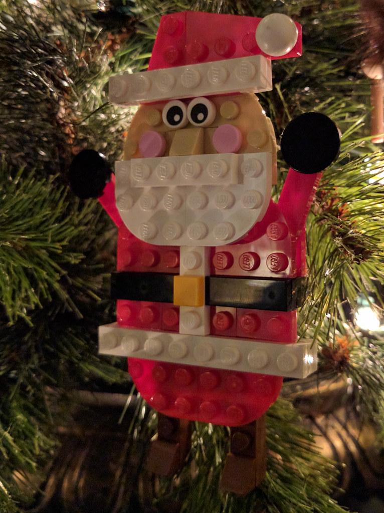 Flat Santa in Tree