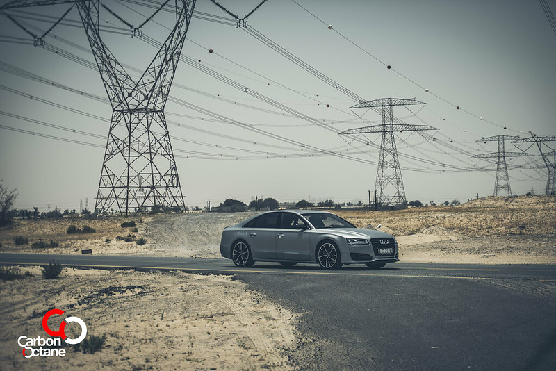 2016_Audi_S8_Plus_CarbonOctane_Dubai_2
