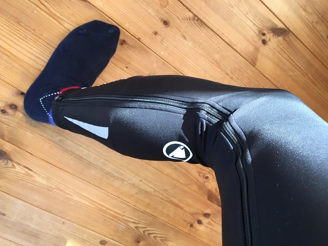 ENDURA Full Zip Legwarmers