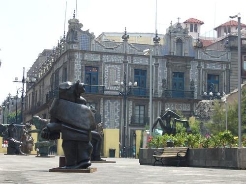 Palacio de los azulejos y escultura de jos luis cuevas for Palacio de los azulejos mexico