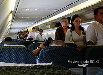 Aeroméxico B737-700 pax abordando (RD)