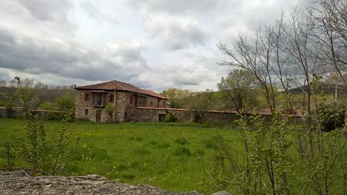 Monasterio de Otero de las Dueñas