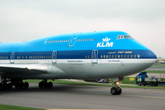 KLM's 747-406 PH-BFW - nose | by caribb
