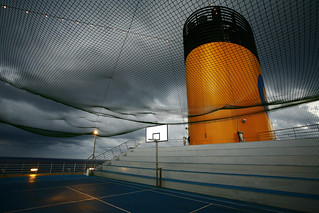 anyone 4 basket? | by Peopleinpixels - Alfonso Batalla
