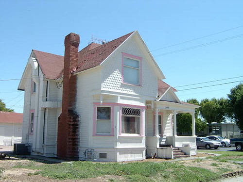 1400 tully road modesto california 19th century house for House modesto