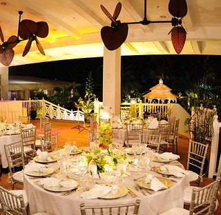 Group Dinner on the Veranda Terrace | by thepalmshotel