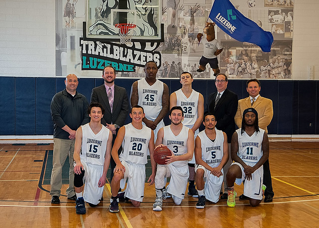 Men's Basketball 2016