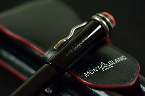 Mont blanc rouge et noir flickr photo sharing for Lampe noir et blanc