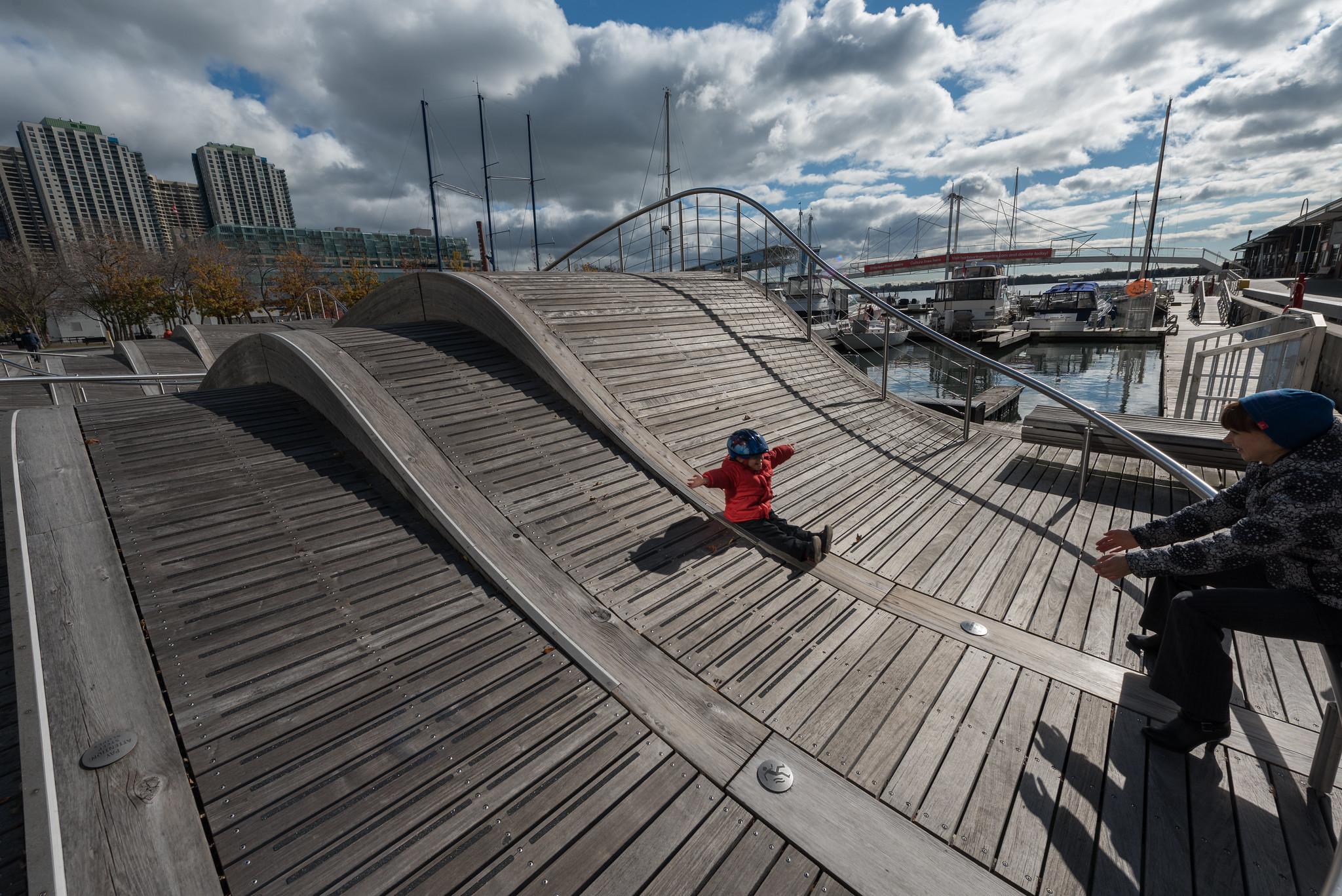 Wave Deck Slide