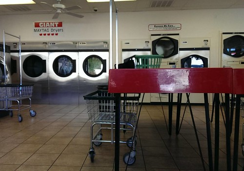 Last time I'll be here, hopefully.  #nofilter #laundromat #laundry #earlymorning #dantesspirit