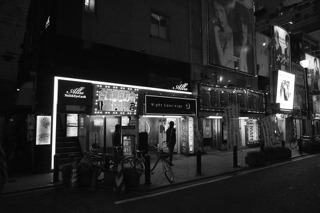 Blind shot, Kabukicho Tokyo, 16 Apr 2016 -00047