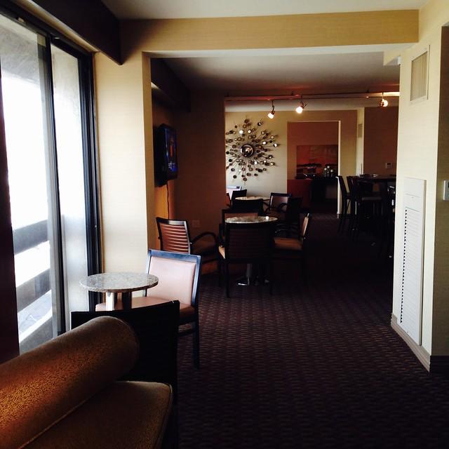 Sheraton Uptown Albuquerque Club Lounge