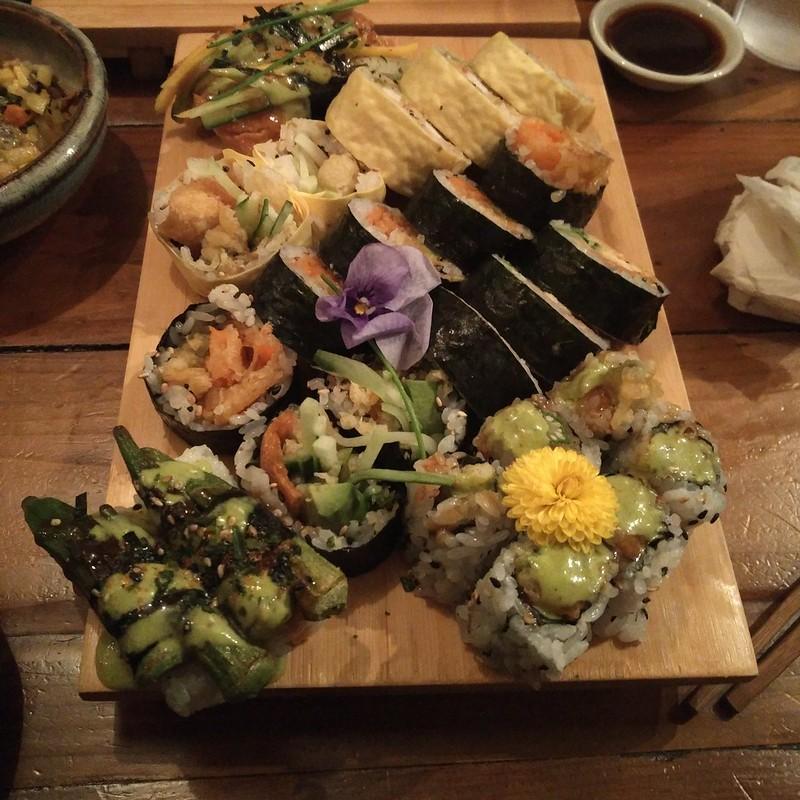 Sushi Momo Platter