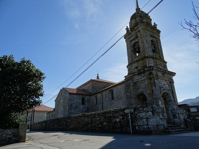 Iglesia de San Martiño de Miñortos en Porto do Son