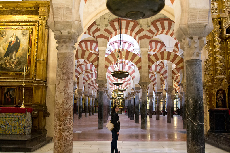 Adelina inside the Mezquita-Catedral in Cordoba | packmeto.com