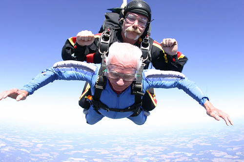 80 years old!  Uncle Fred skydiving. | by rockman13