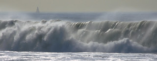 Massive spray from the 8-foot waves pounding Santa Monica | by Vaguely Artistic