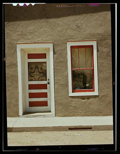 Door and window in a spanish american home costilla new for Door in spanish