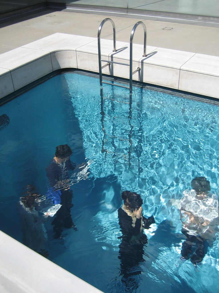 "Leandro Erlich's ""Swimming Pool"""